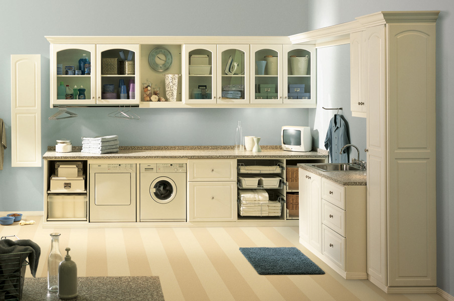 Closest Factory Richmond laundry room design
